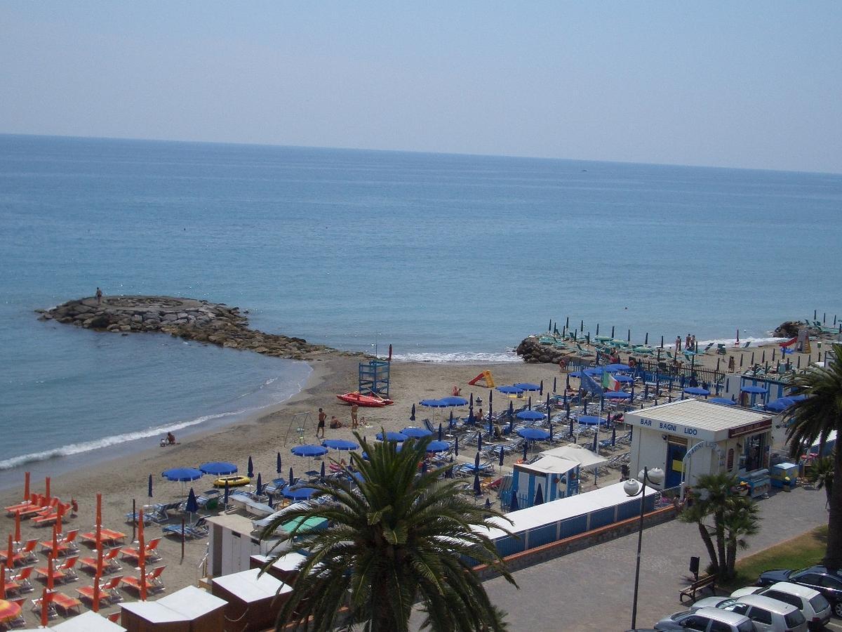 Strand Ceriale, Ligurië, Itali