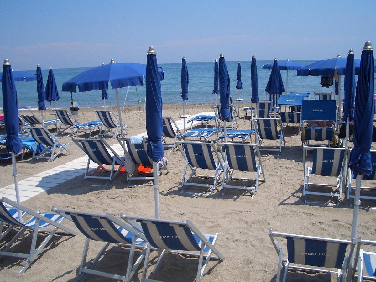 Strand Ceriale, Ligurië, Italië
